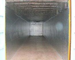 contenedor forrado con aislante isotérmico